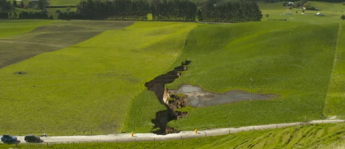 921 biggest sinkhole new zealand 2