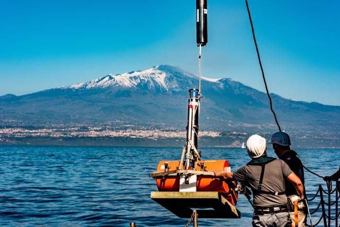 357 mount etna collapse tsunami 3