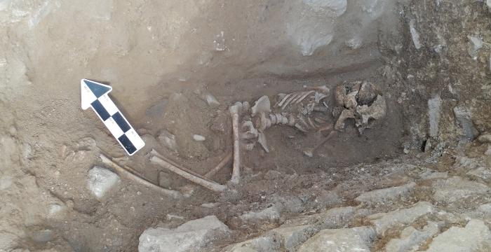 bambino di sepoltura vampiro Italia inserto