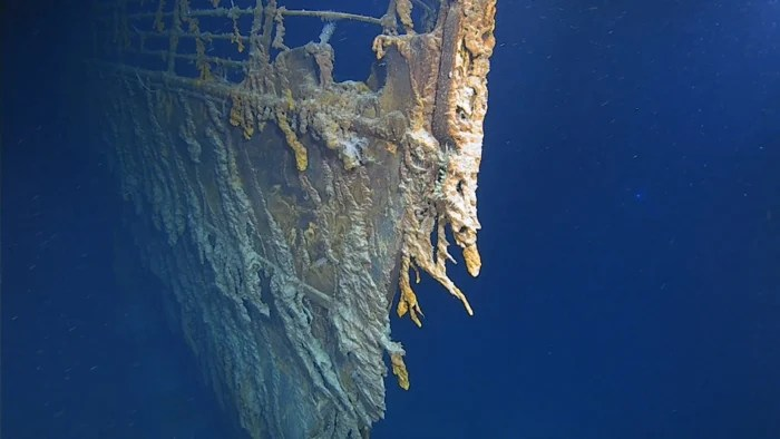 012 titanic wreck 1