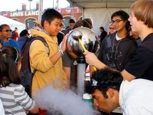 Reaching out at Bay Area Science Festival - Photo Avi Rosenzweig