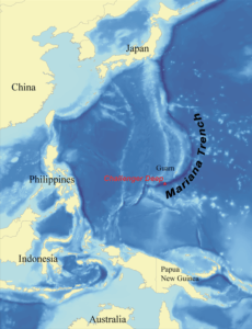 map of the mariana trench in the pacific ocean