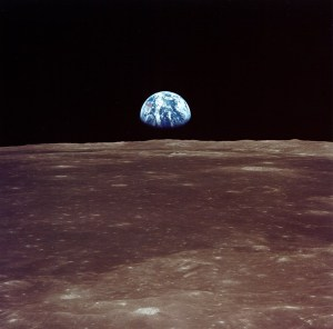 apollo 11 picture of the earth from the moon