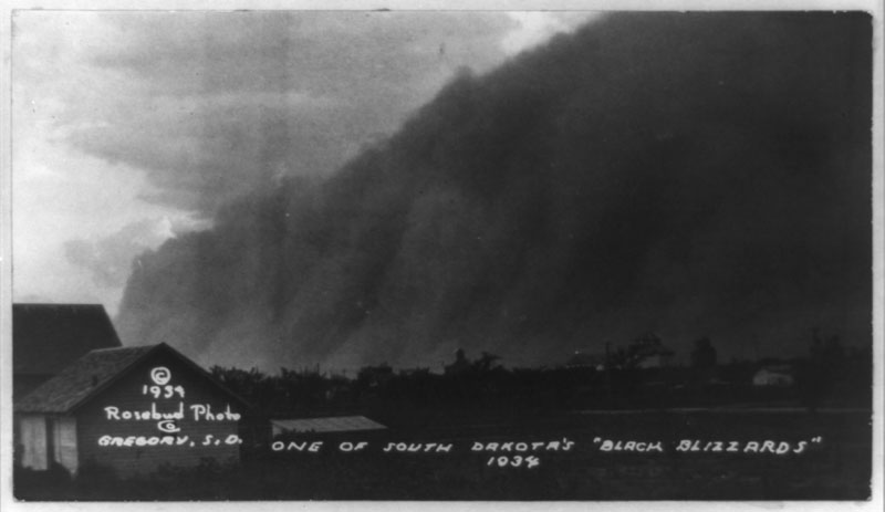 """an image of a """"black blizzard"""" from 1934"""