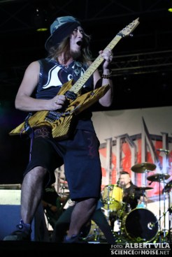 d_loudness_ripollet_rock_03