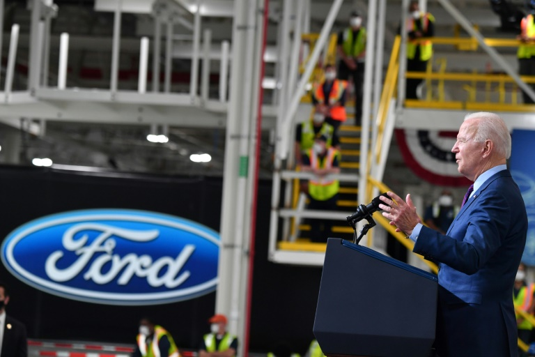 US President Joe Biden speaks from the Ford Rouge Electric Vehicle Center in Dearborn, Michigan on May 18, 2021 (AFP - Nicholas Kamm)
