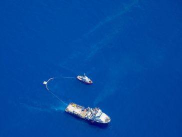 Corse: la pollution en mer s'éloigne des côtes, 4 tonnes d'hydrocarbures récupérées