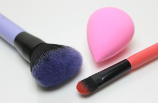 cosmetics side effects- sciencetreat