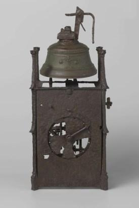 De klok die de mannen aan boord meenamen en die later in het Behouden Huis pronkte. Foto: Rijksmuseum.
