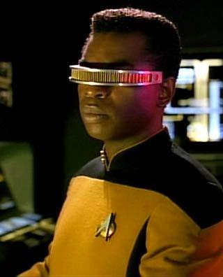 Ook in Star Trek komt de 'bril voor blinden' terug. Geordi La Forge draagt deze bril om weer te zien.