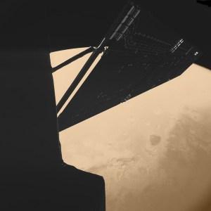Een prachtig beeld van Rosetta boven Mars gemaakt door de Philae-camera op een afstand van ongeveer duizend kilometer van Mars. Foto: CIVA / Philae / ESA.
