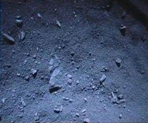 Eerste close-up foto van het oppervlak van komeet 67P.