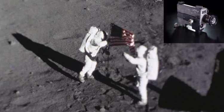 Deze foto werd gemaakt met behulp van de camera die in het tasje van Armstrong is beland. Afbeelding: NASA. Inzet: de camera. Afbeelding: Dane Penland / National Air and Space Museum, Smithsonian Institution.