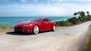 De Tesla Model S kan straks 40 kilometer extra rijden op één lading.