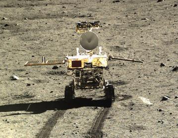 Yutu. Deze foto werd gemaakt door de Chang'e 3-maanlander.