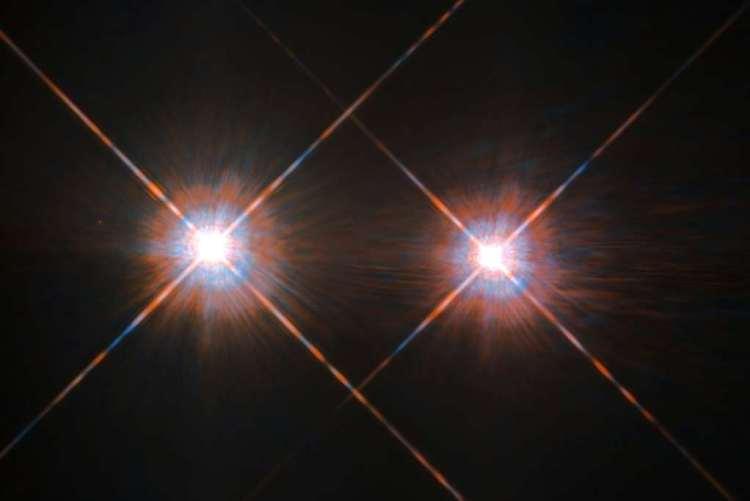 Alpha Centauri A en B. Afbeelding: ESA / Hubble & NASA.