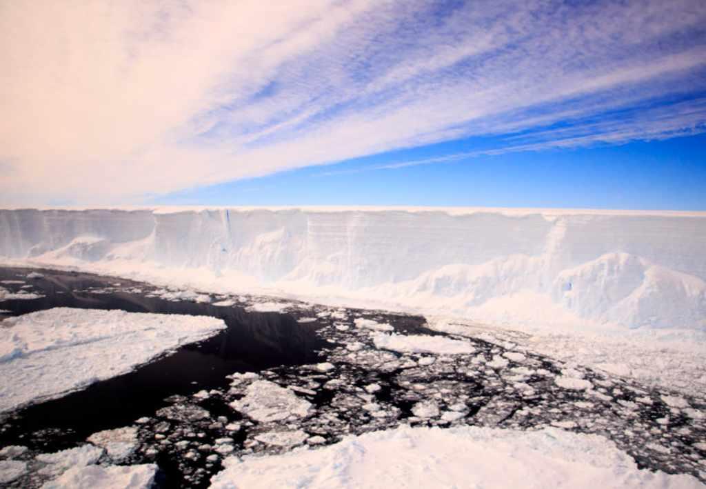 Expeditie vertrekt naar ecosysteem dat 120.000 jaar geen zonlicht heeft gezien