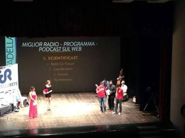 Paolo e Simone sul palco del MIA14, mentre si chiedono se stanno dormendo o se è una candid camera... #einvece!!!