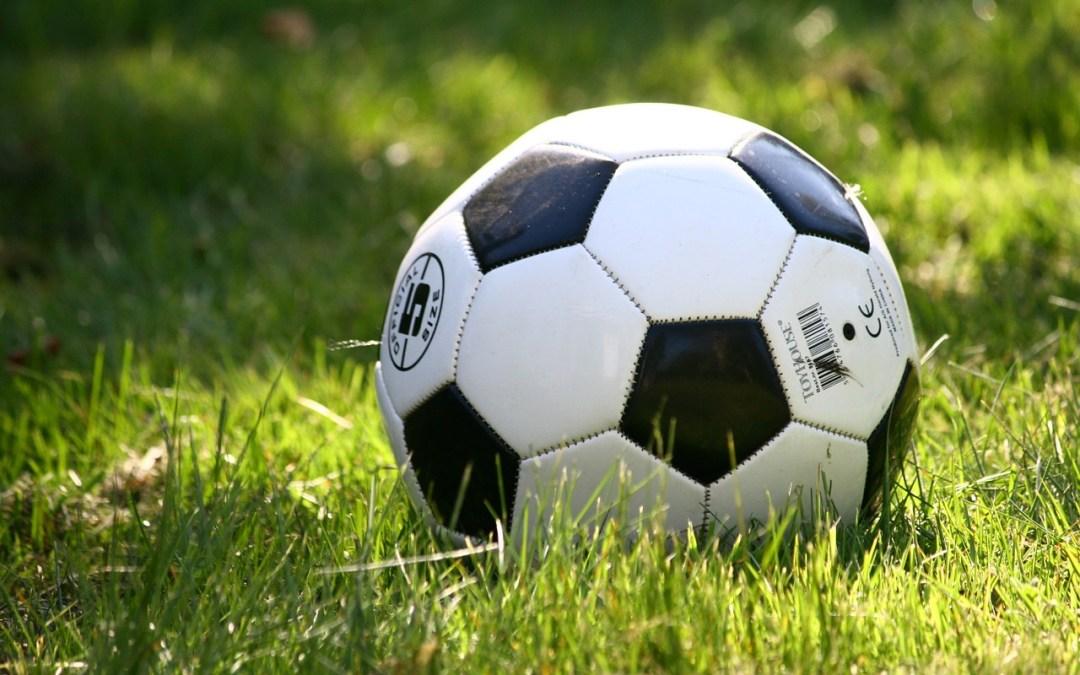 Matematica, chimica… e architettura del pallone da calcio