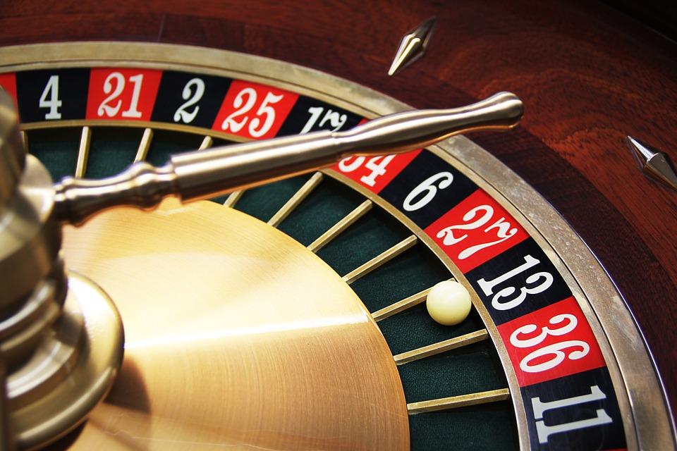 Let it ride gambling definition
