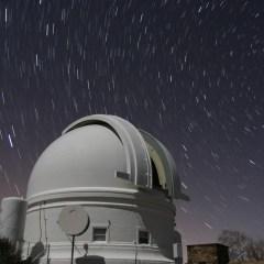 """Osservare l'Universo con gli """"occhi"""" super veloci della Zwicky Transient Facility"""