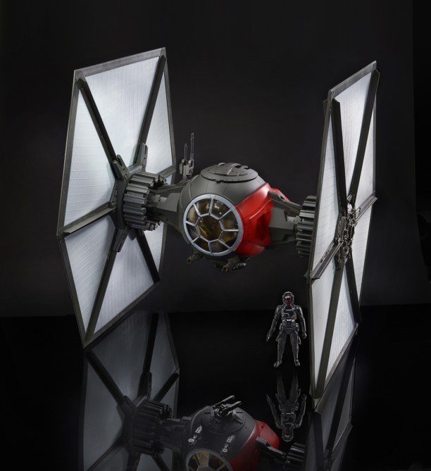 STAR WARS: THE BLACK SERIES FIRST ORDER SPECIAL FORCES TIE FIGHTER 6-Inch Scale Vehicle
