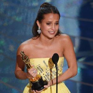 Alicia-Vikander-Oscars