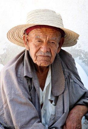 anziano commerciante tunisino - elderly tunisian merchant