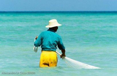 pescatore tunisino - tunisian fisherman