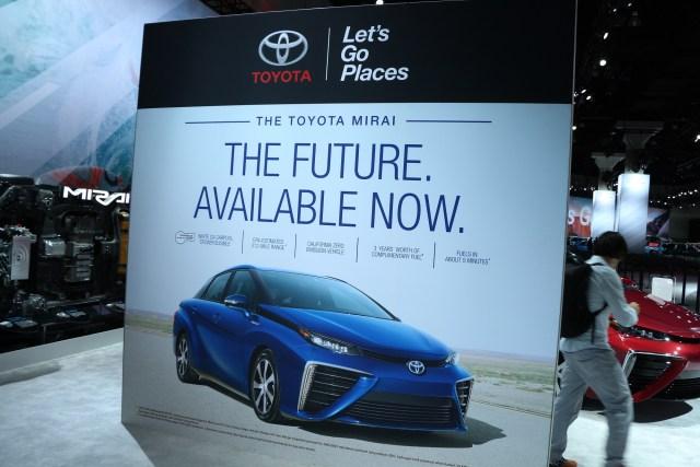 Scionlife.com Toyota Mirai Hydrogen Fuel Cell Car California LA Los Angeles Auto Show 2017 2018