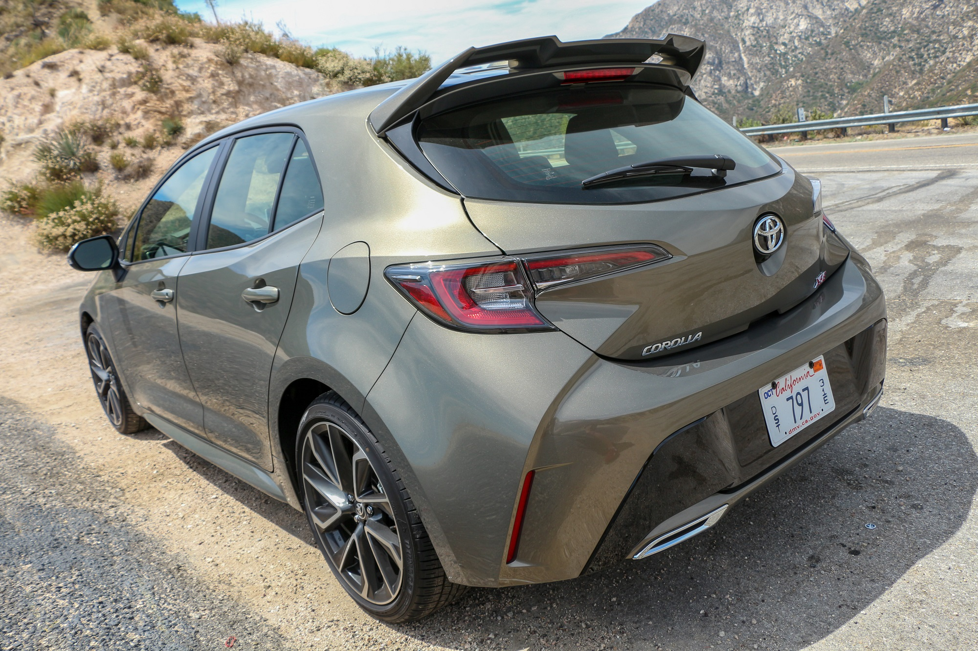 2019 Toyota Corolla Hatchback SE XSE Manual Transmission Interior Exterior Colors Bronze Oxide Engine EnTune Features Review News Comparison Honda Civic Sport Mazda3 Scionlife.com