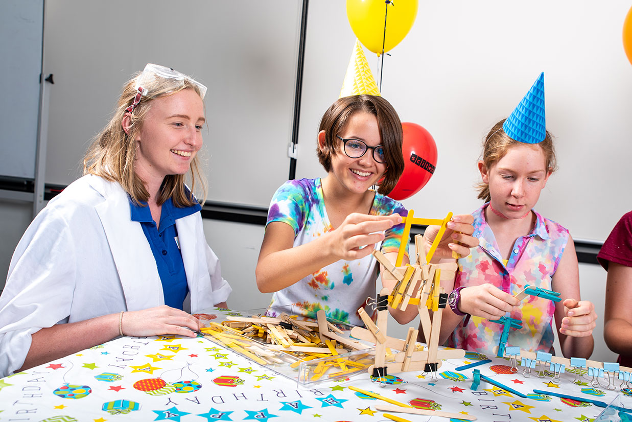 Celebrate Children S Birthdays At Scitech For Ages 4 12