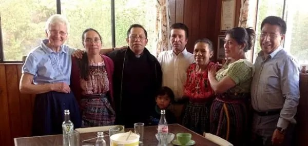Associate-Luncheon-Guatemala-2014