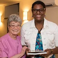 2015 CMSV Graduate Makes Associate Commitment