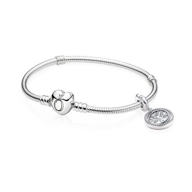 Bracciale Famiglia Pandora Acquista Pandora e ricevi in omaggio il bracciale in edizione limitata per celebrare la tua Mamma