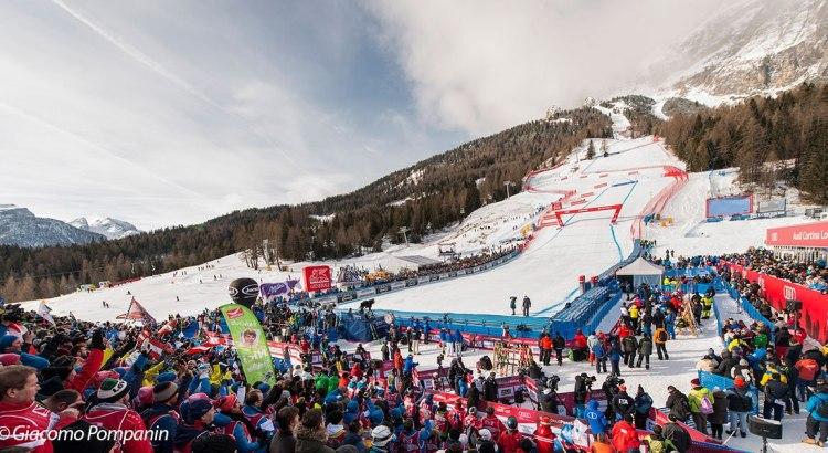 Vinci gratis biglietti per le Finali di Coppa del mondo di sci alpino 2020 a Cortina d'Ampezzo e gadget