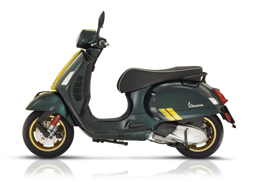 green left facing 2020-Vespa-Racing-Sixties3