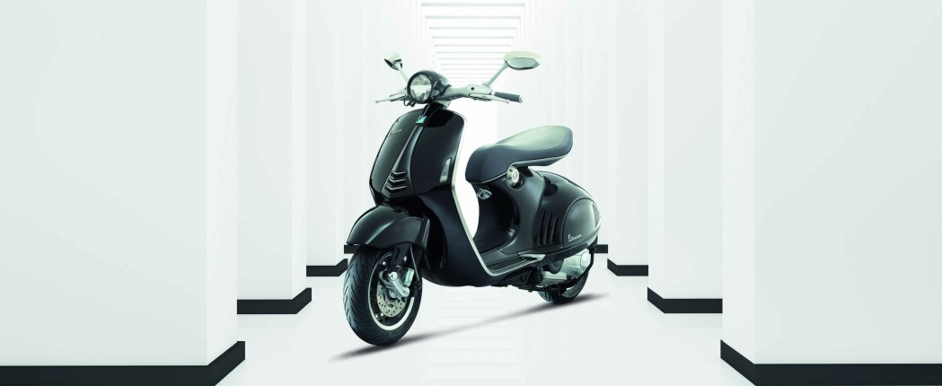 Vespa 946 Pricing And Release Date Announced Scooterfile
