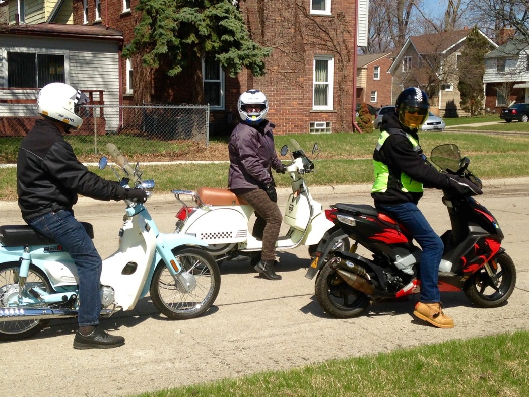 Signaling is as important on a group ride as on a solo one