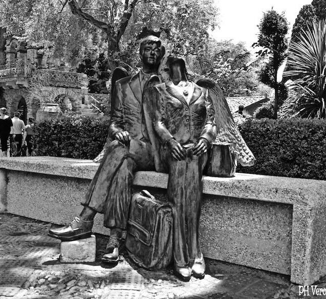 Amanti di Gaudì, Villa Comunale - Taormina, Messina (Sicilia)