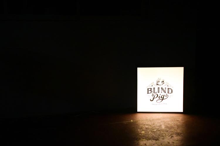Blind Pig Light Box