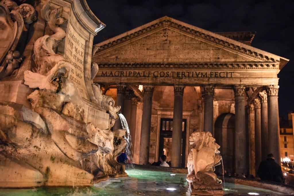 new-rome-pantheon-street-photography