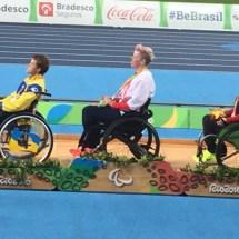 jo-medal-ceremony