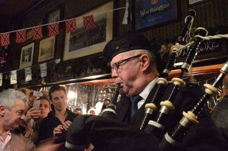 newcastle bagpiper hire