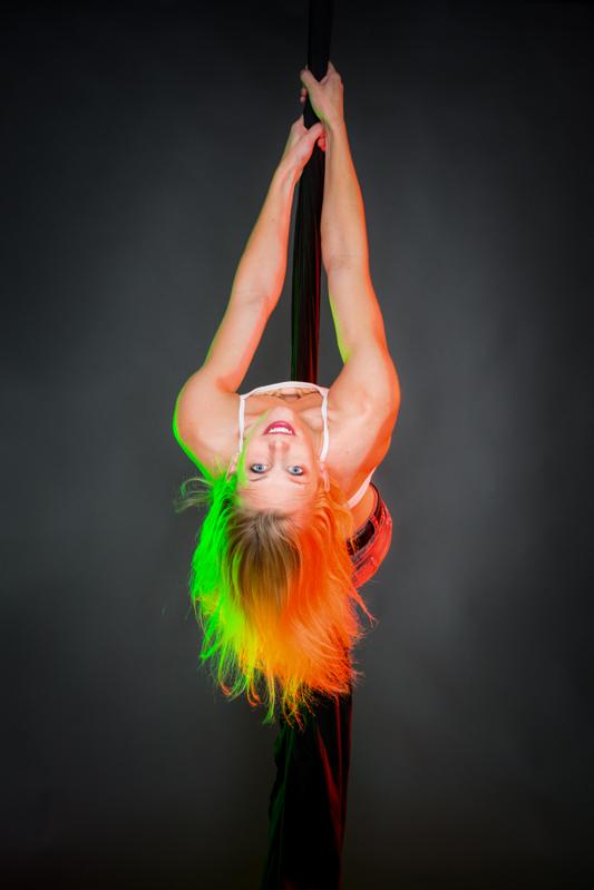 acrobatics_small-143