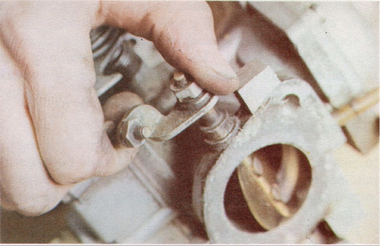 HOW TO TEST CLASSIC CAR CARBURETTOR BEARINGS