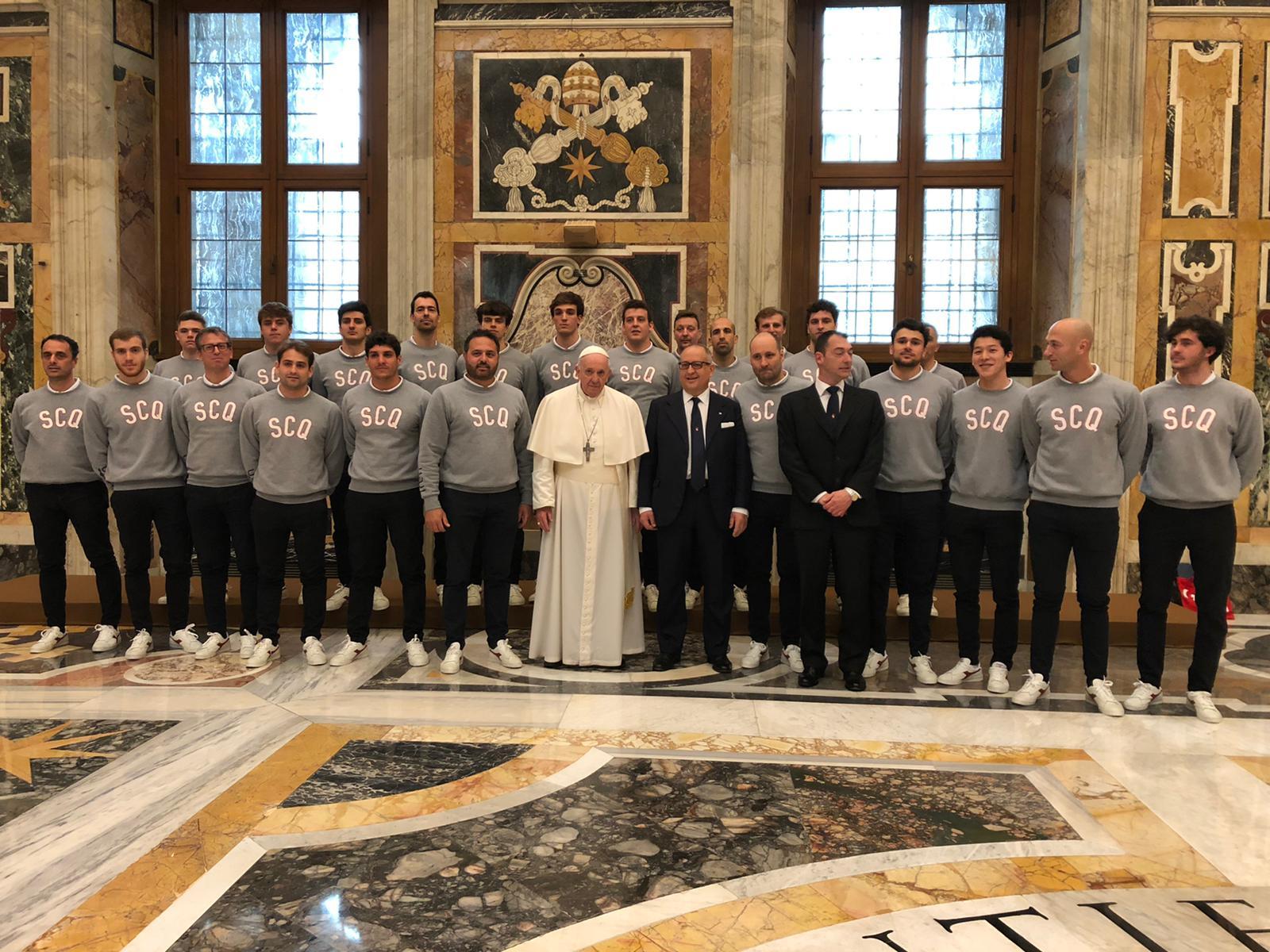"""Papa Francesco all'Iren Quinto: """"Non dimenticate spirito di squadra e passione"""""""