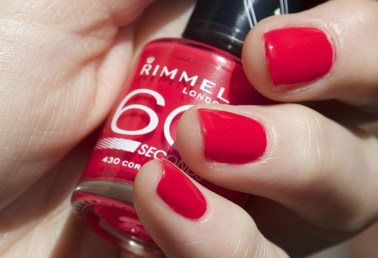 ROOD RODER ROODST Rimmel 60 seconds nagellak nail polish review swatch