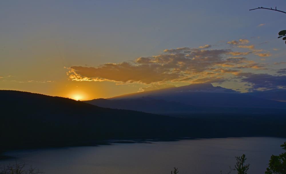 Lake_Chala