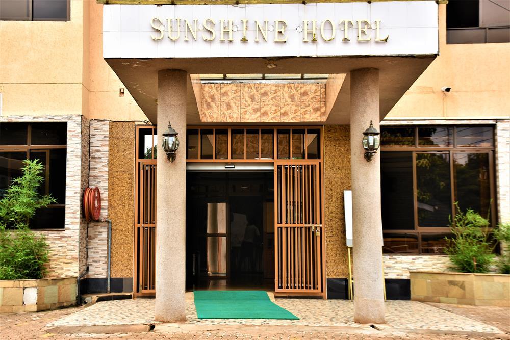 Sunshine_Hotel